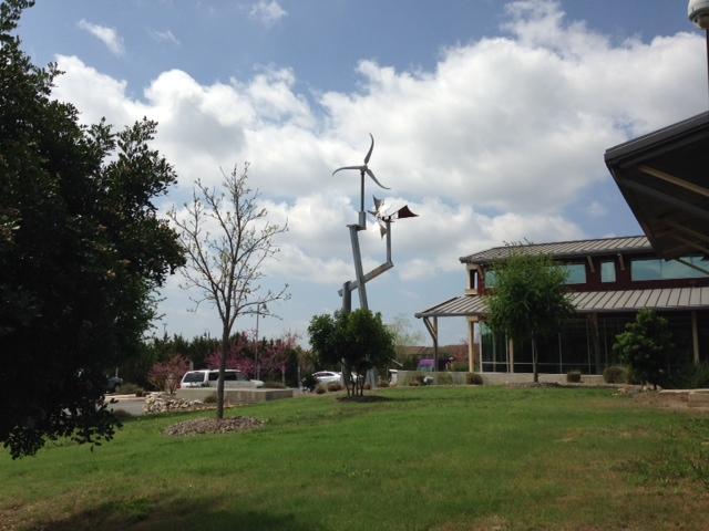 Photo of the John Igo Branch Library in San Antonio, Texas.